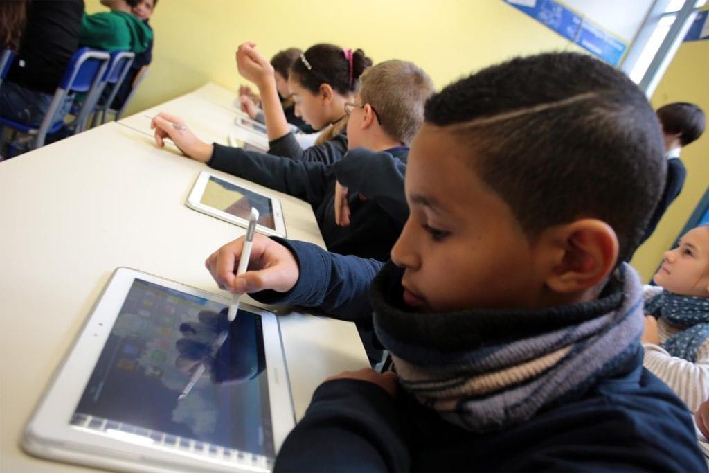inaugura oggi Smart Future, il progetto promosso da Samsung per favorire lo sviluppo della digitalizzazione nell'istruzione delle scuole primarie e secondarie di primo grado: - fotografo: Benvegnù - Guaitoli